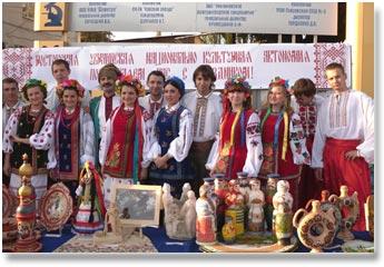Виступ студентів на фестивалі Содружество